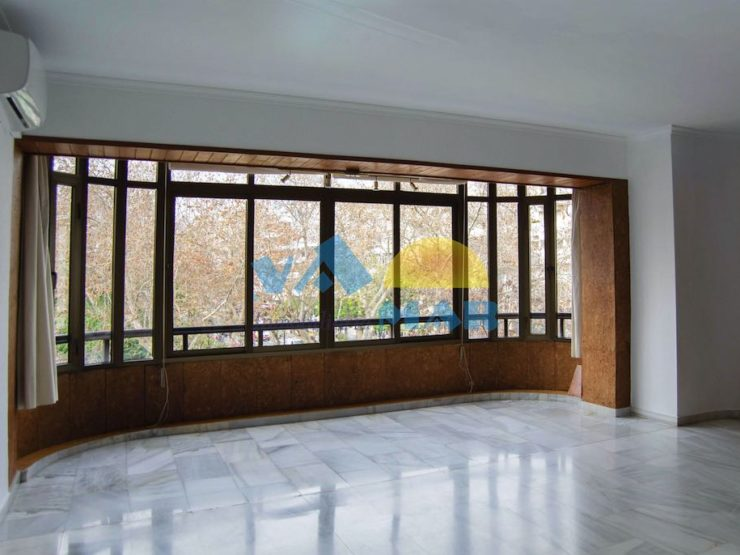 Amplio y luminoso apartamento